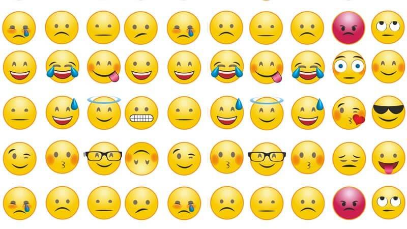 емотикони с различни емоции